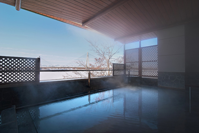Open air hot spring with a grand view